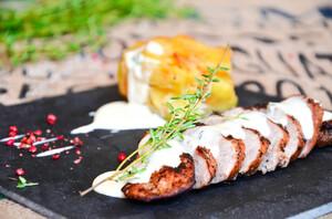 Свинина-гриль с картофельным гратеном