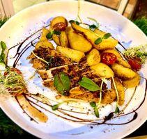 Стейк куриный с картофелем