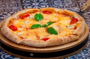 піца ʺЧотири сириʺ