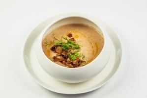 Крем-суп з лісових грибів