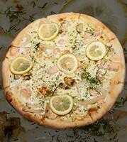 Піца Морепродуктна з філе лосося