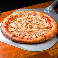 Піца  з Курчам та лісовими Грибами