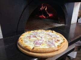 Pizza  Капрезе  ( Caprese )