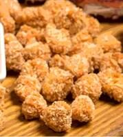 Курячий попкорн з картоплею фрі