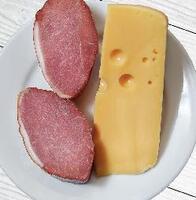 Блины с сыром и свиным балыком