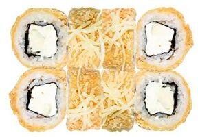 Горячий ролл с сыром