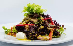 Салат с индейкой и кус-кус