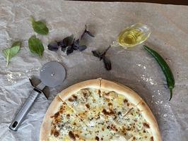 Піца Чотири сири з куркою