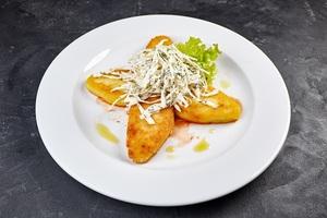 Котлети зі щуки з картопляними котлетками та томатно - сметанним соусом