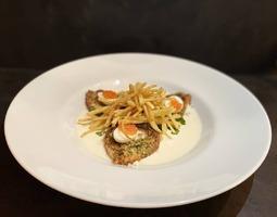Сьомга Прованс на сирному соусі з картоплею пай
