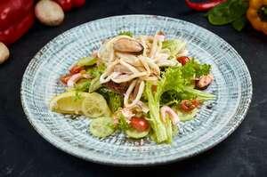 Зелений салат iз морепродуктiв