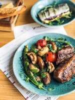Філе-міньйон з овочами на грилі